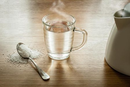 The 8 Advantages of Drinking Hot Water