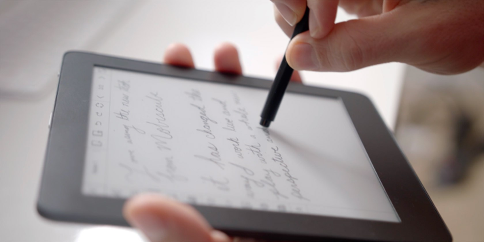 MobiScribe: An E-Ink Display That Writes Like Paper