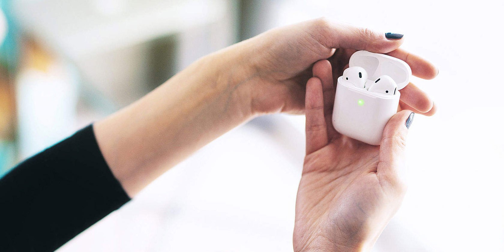 Get Apple AirPods for Cheap With 4 Deal Websites