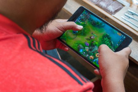 How to Play PC Games on Android Devices Using Parsec