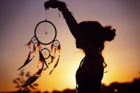 DIY Dreamcatcher – Tutorials and 70 Beautiful Photos To Inspire You
