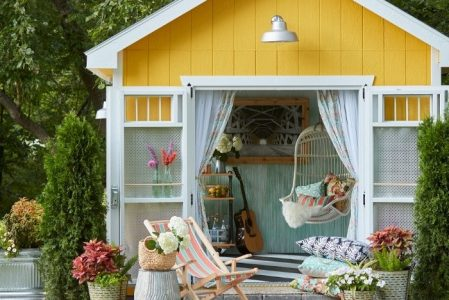 The Art of the She Shed – 60+ Beautiful Ideas for Creating Your Own Little Garden Sanctuary