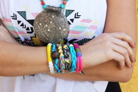18 DIY Friendship Bracelets Patterns That Are Way Cooler